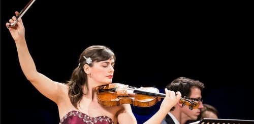 Violin Duo in Midday Live Concert