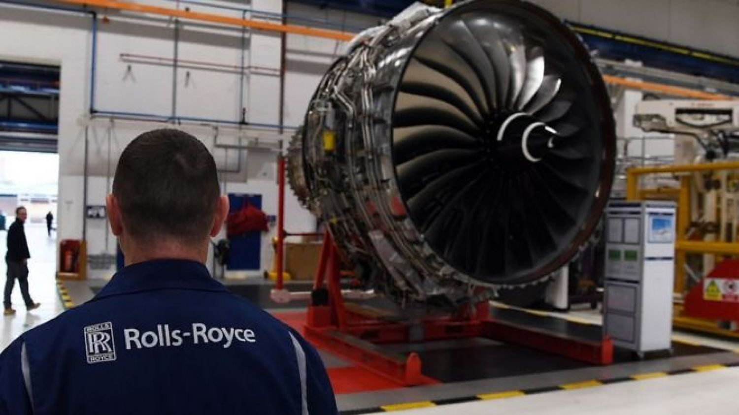 Aviation Firm Calls for Drastic Cuts