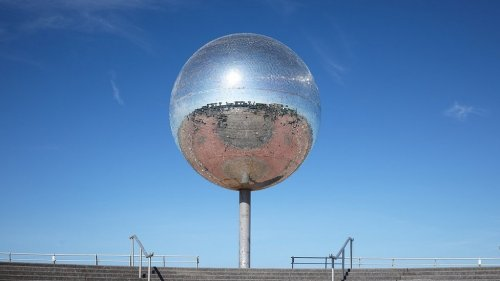 Blackpool's Mirrorball Gets a  Fresh New Look