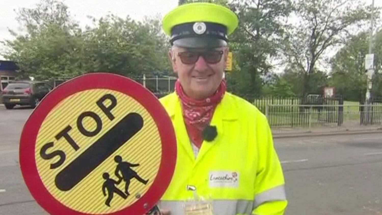 Lollipop man survivor returns to work