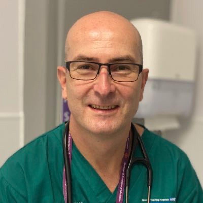 Dr Anthony Kearns